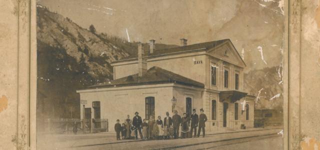 Nekdanja železniška postaja Sava, katere prizidek so kasneje podrli in jo obnovili. Fotografija je bila posneta v zadnjipetini 19. stol,torej pred letom 1900.Najbolj verjetno (sodeč po oblačilih in stilu fotografije) […]